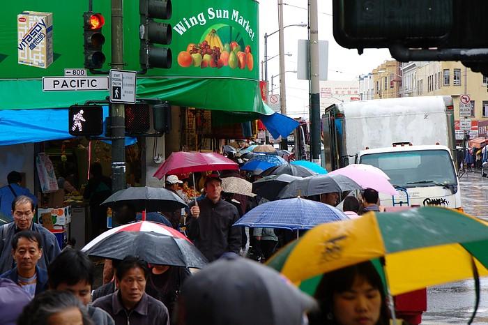 San Francisco: Chinatown Umbrellas